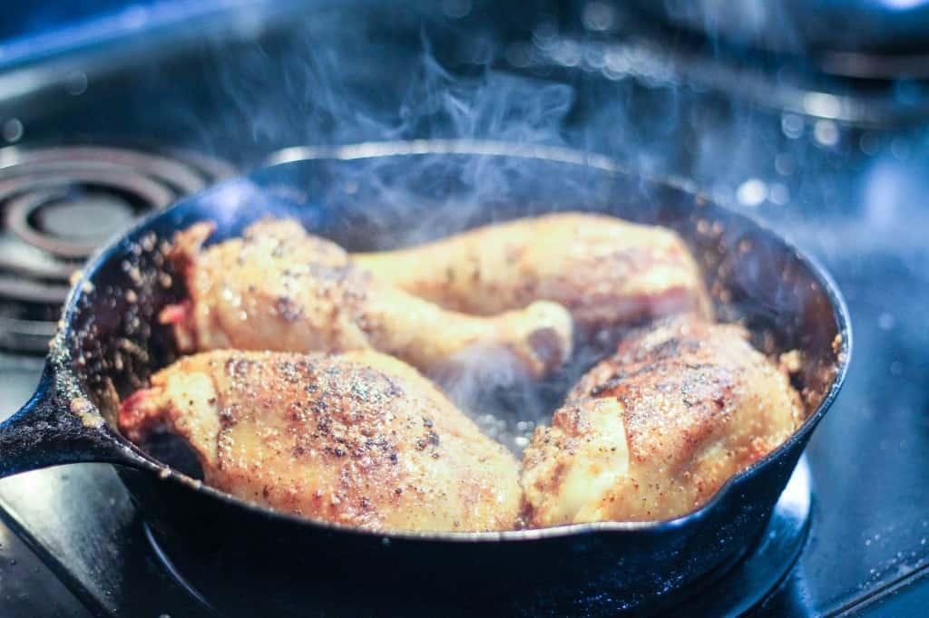 crispy chicken in cast iron skillet