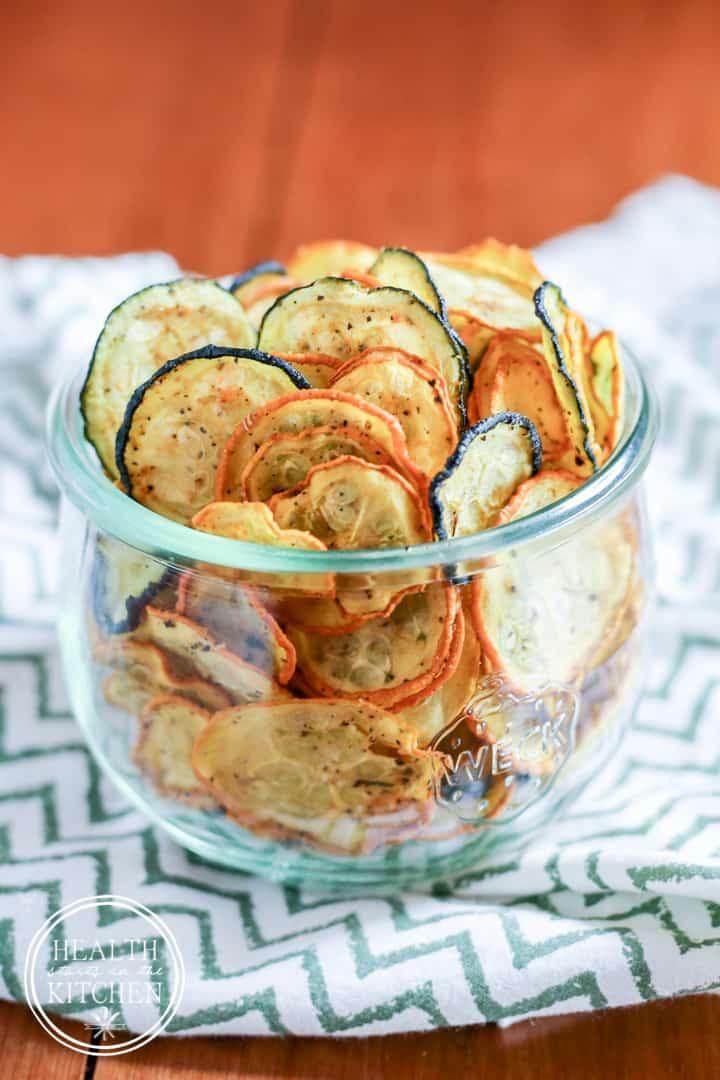 Low-Carb Crispy Zucchini Chips {Paleo, Primal, Gluten-Free, Grain-Free, Raw, Vegetarian & Vegan}