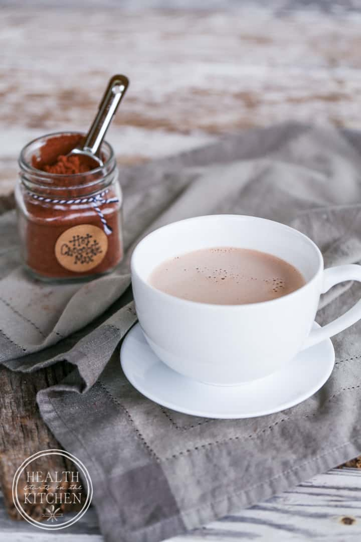 Paleo Instant Hot Chocolate Mix {with Low-Carb & Primal options}