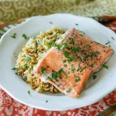 {5 Minute} Pressure Cooker Salmon and Rice Pilaf
