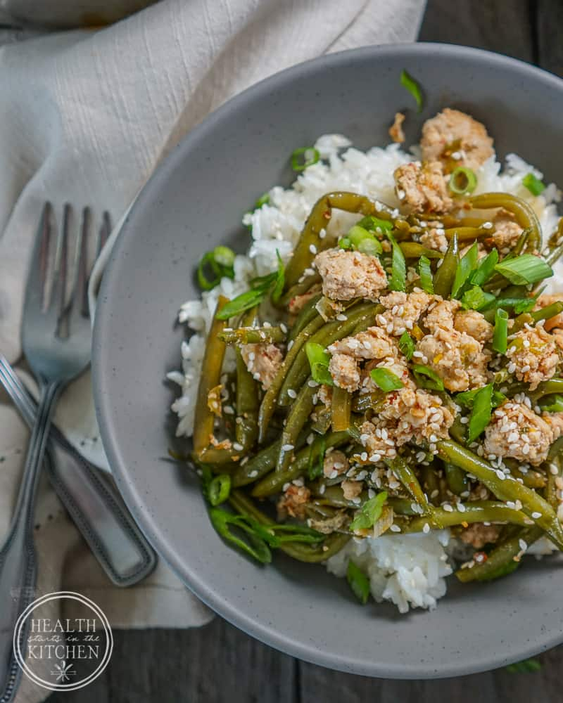 Spicy Chinese Green Beans with Ground Turkey {Paleo & Low-Carb}
