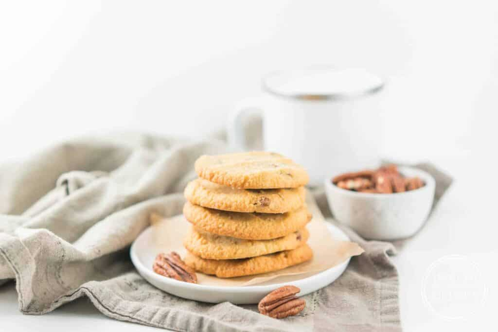 Low-Carb Keto Salted Butter Pecan Cookies
