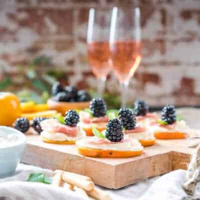 Easy Fuyu Persimmon Prosciutto Appetizers with Ricotta and Blackberries {Gluten-Free}