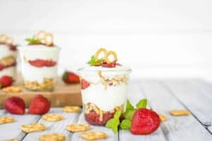 Grain-Free Healthy Strawberry Pretzel Dessert Parfaits
